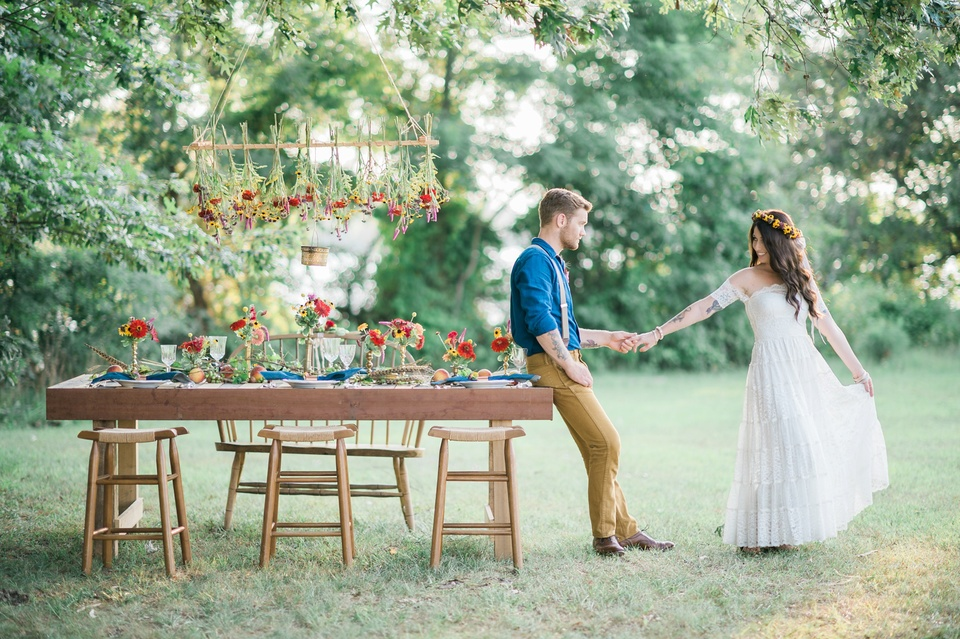 Field to vase boho wedding inspiration north carolina eastern nc field to vase boho wedding inspiration nc junglespirit Choice Image